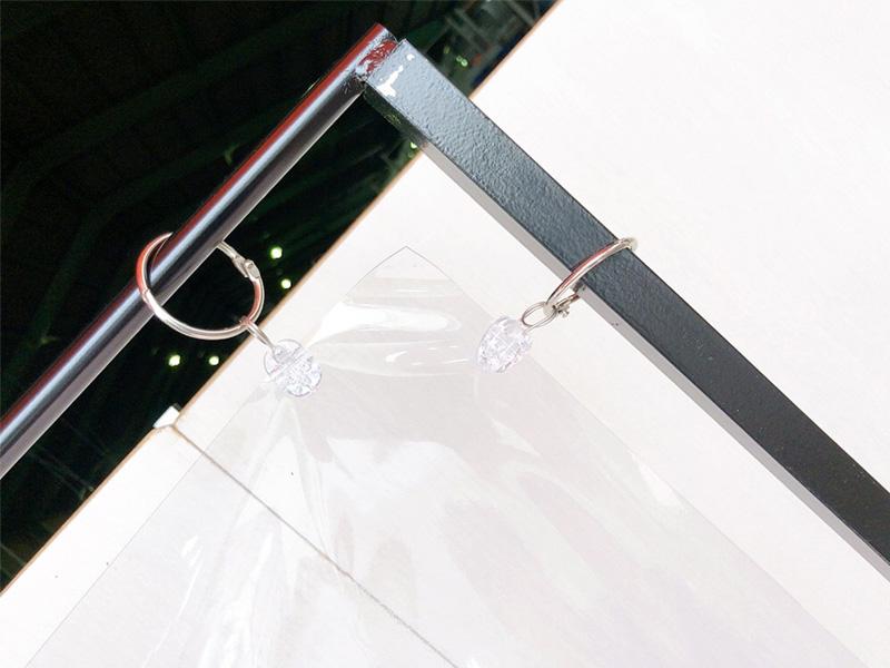 スタンド式飛沫感染防止ビニールフレーム 伸縮タイプ 使用イメージ3