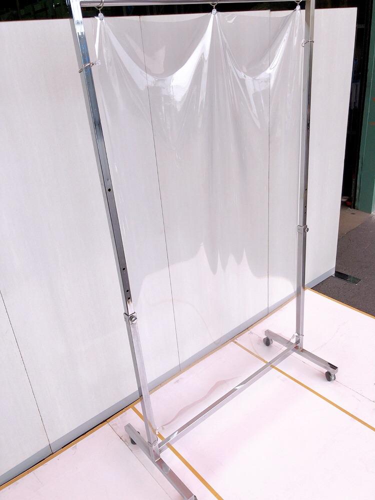 コロナ飛沫防止ワイドビニールスタンドW1200 使用イメージ1